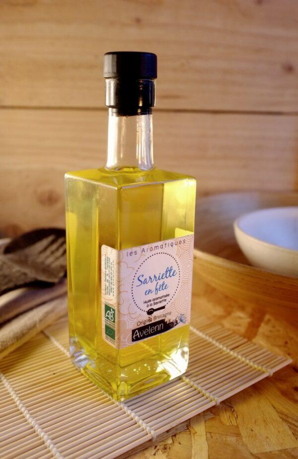Huile alimentaire bio et locale origine Bretagne aromatisée à l'huile essentielle de sarriette.